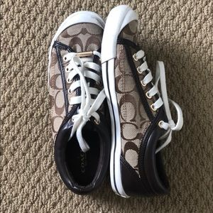 Coach Francesca tennis shoes, size 6.